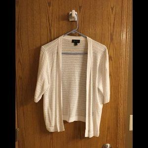 Like New ABStudio summer short sleeve sweater